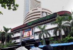 Sensex, Nifty consolidate; FMCG under pressure