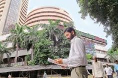 Closing bell: Sensex closes over 300 points up, Nifty near 10,100, RIL, Sun Pharma top gainers