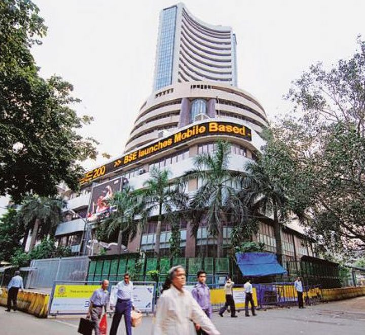 Nifty hovers around 10,350 mark; ONGC stock rises 1.5%