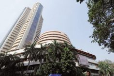 Market Live: Sensex opens 100 points lower, Nifty trades near 10,200, banking stocks fall